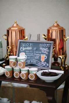 winter-wedding-hot-chocolate-bar.jpg